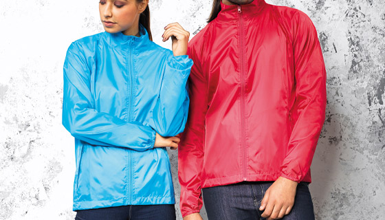 2786 lightweight jacket is a useful fold-away jacket that comes in 16 colours