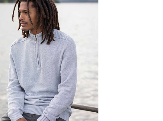 AWDis ecologie 1/4 zip sweatshirt, designed for both men and women.