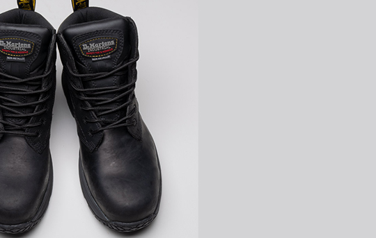 Corvid 6662 lightweight non-metallic protection and sturdiness with full grain leather