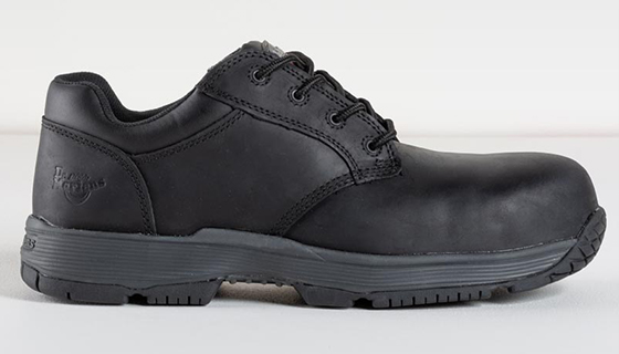 Linnet Safety Boots resistant to petrol, fat, acid, alkali and oil with a steel toe cap