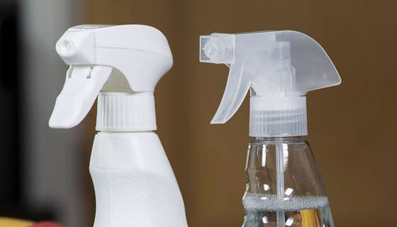 3 reasons why you should use Jangro 750ml trigger spray bottles
