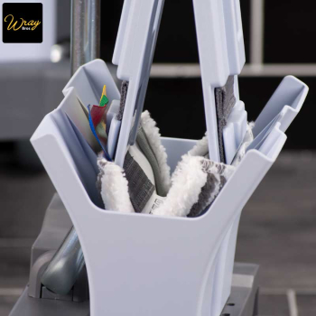 Easy to use ultraspeed mop wringing